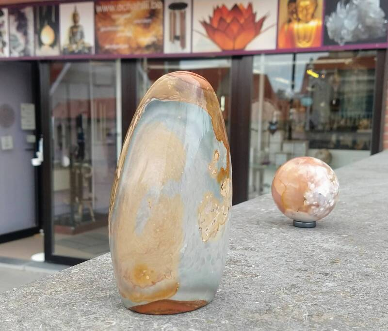 Jasper free form and flower agate
