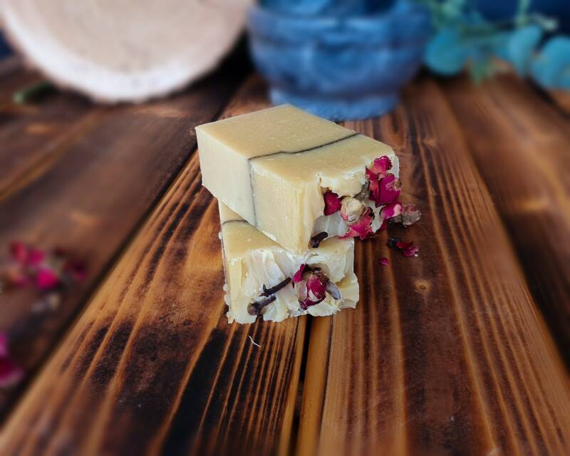 Roses, Tea & Spices Soap