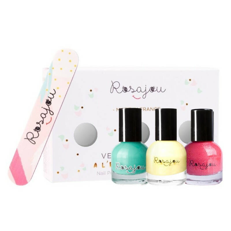 Nail polishes kit