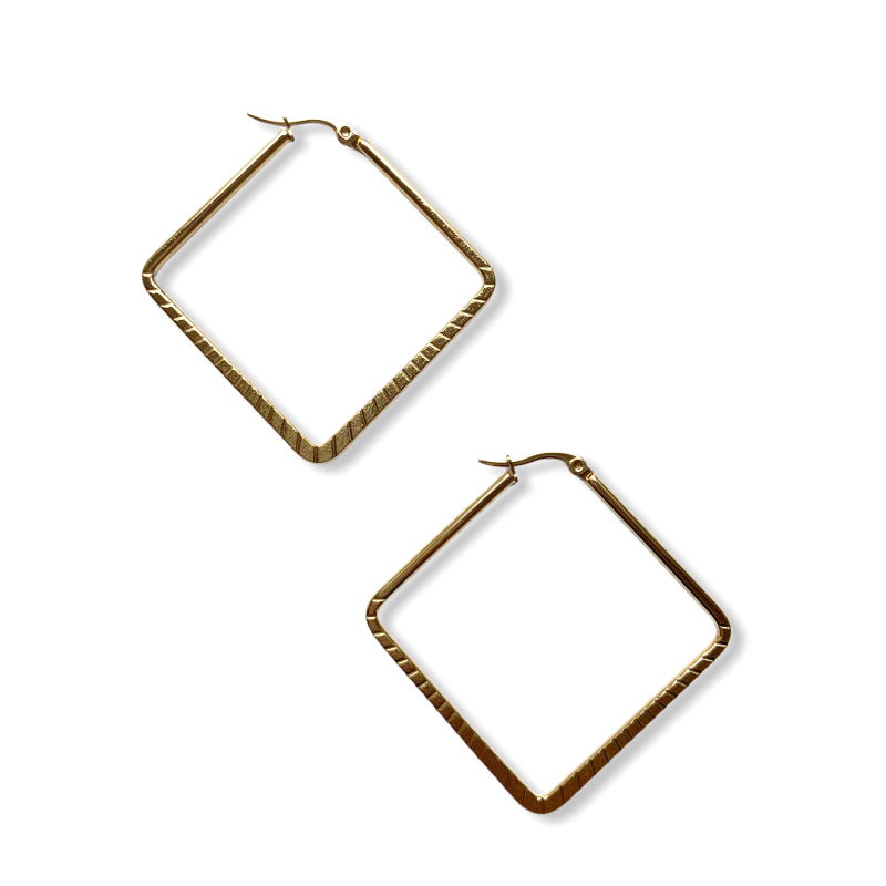 Clara Huggie Earrings