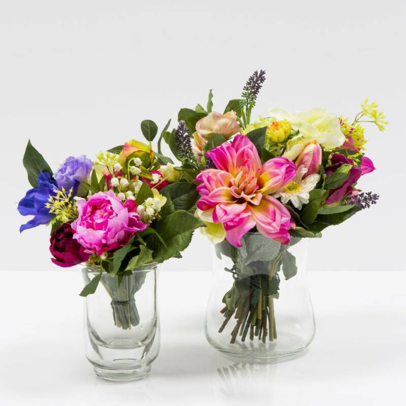 Two smaller flower arrangements in glass vases (2) - separate products