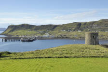 Uig_Harbour_002.jpg