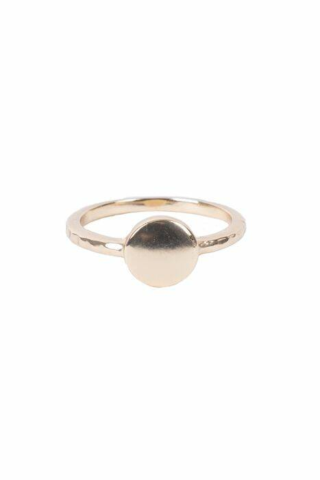 Ring rond plaatje goud