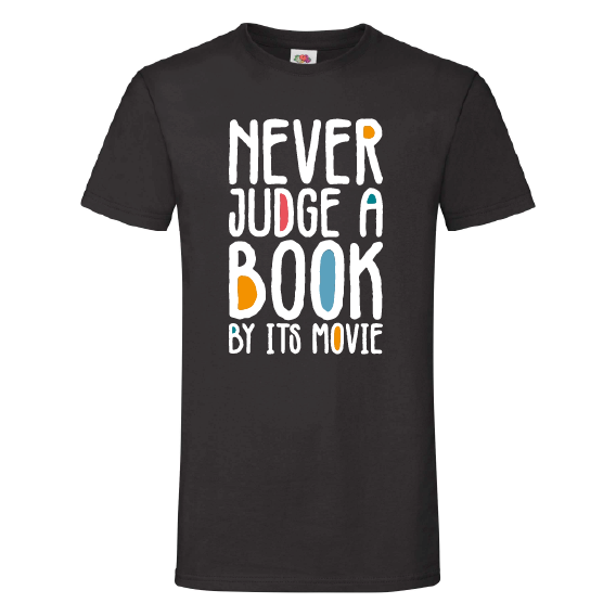 Boeken t-shirts | Never judge a book