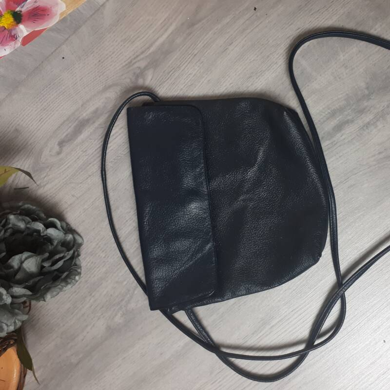 HBG -  Simple Black Bag