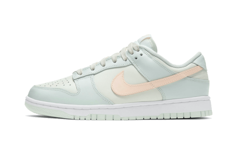 Nike Dunk Low Barely Green
